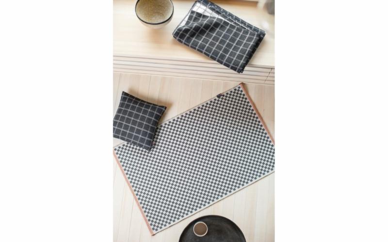 "GOLIATH rug small ""checkered"", with seam"
