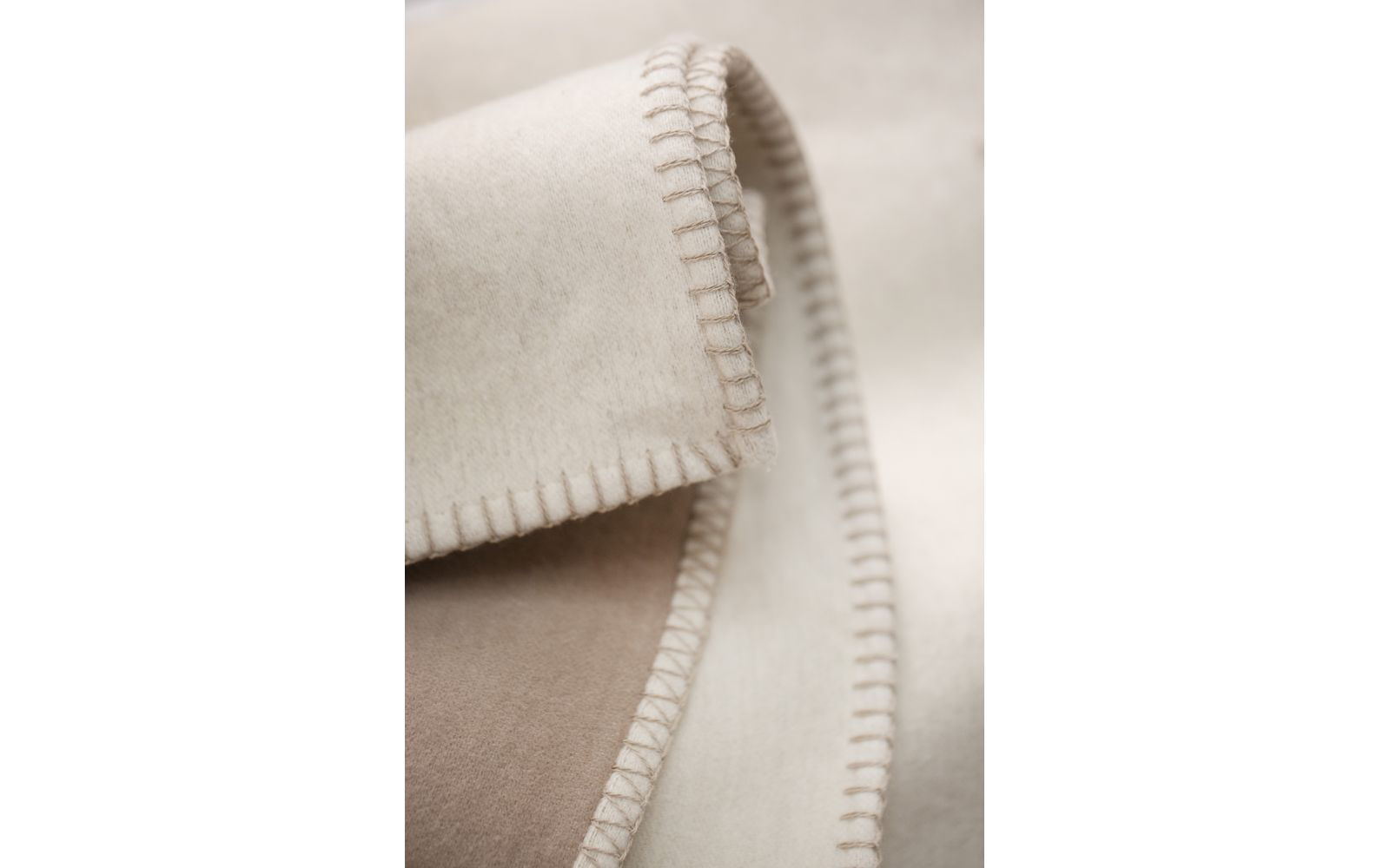 JADE cotton throw 100% org. cotton (GOTS), single umbel